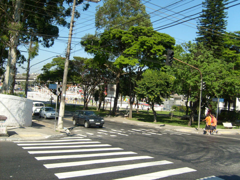 Trânsito: e os semáforos inteligentes?