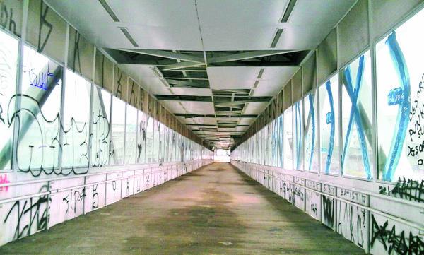 Arena Corinthians – Passarela continua destruída