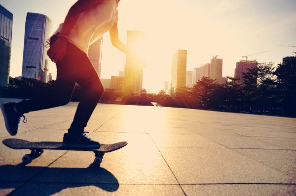 Aulas gratuitas de skate nos CEUs