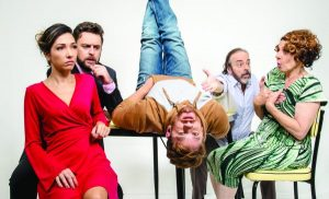 O Louco e a Camisa, no Teatro Porto Seguro