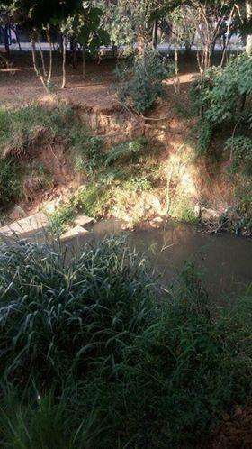 Córrego Rapadura: erosões estão por todo lado