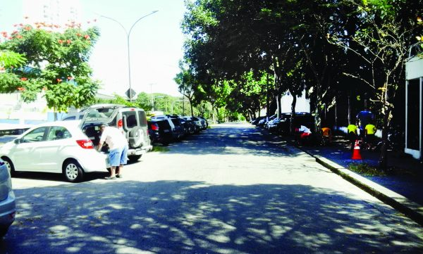 Zona Azul na área do Corinthians fica no papel