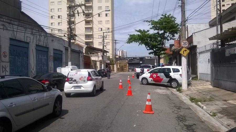 Parque São Jorge – PM realiza diversas blitze