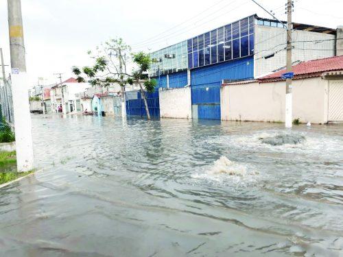 Vila Luíza – Galeria sem manutenção resulta em enchente