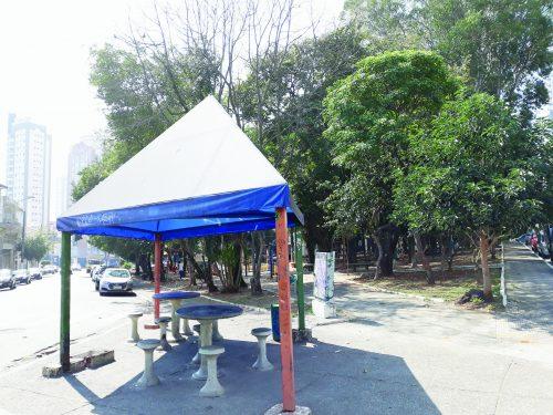 Praça General Costa Barreto volta a ter problemas