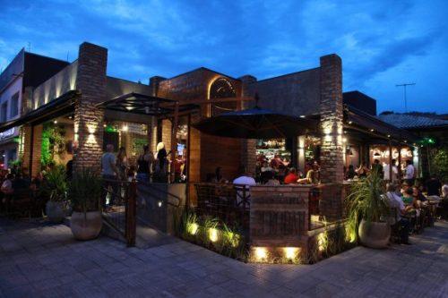 Espetaria Perobah – novo conceito em bar e restaurante